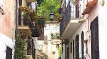 SAN FELICE CIRCEO (LT) – PIAZZA REGINA MARGHERITA – Delizioso Monolocale in Borgo Antico