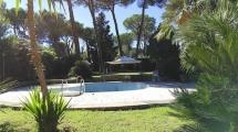 EUR CASTEL DI DECIMA – Villa con Parco e Piscina