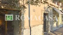 Esterno - Locale Via Tagliamento - ROMACASA