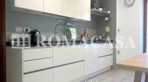 Cucina - Appartamento Collina Lanciani -ROMACASA