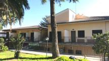LAURENTINA – Località Monte Migliore – Appartamento ristrutturato mai abitato pari al nuovo