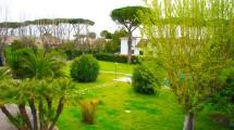 Giardino con Piscina Villa Infernetto -ROMACASA