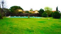 INFERNETTO – Villa monofamiliare, ampia metratura, con piscina e campo da tennis nel verde