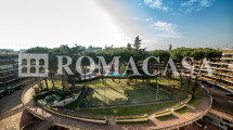 Vista Piscina e Campi Tennis Attico EUR - ROMACASA