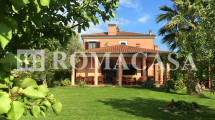 EUR VALLERANO – Lussuosa Villa in Vendita