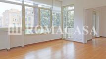 BOLOGNA Piazza – Ad.ze Villa Torlonia – Viale di Villa Massimo prestigioso appartamento piano alto