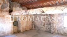 Camera - Palazzo Storico Bagnoregio (VT) - ROMACASA