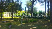 Giardino -  Villino Terracina-Sabaudia -ROMACASA