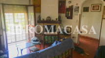 Sala con Camino Villino Terracina-Sabaudia -ROMACASA