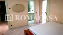 Camera Letto Appartamento Castel di Leva - ROMACASA