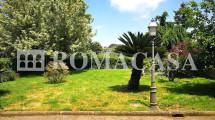 Giardino Appartamento Castel di Leva - ROMACASA