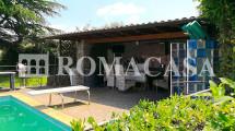 CASTEL DI LEVA – Appartamento in villa con giardino