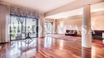 EUR – LAGHETTO – VIALE EGEO – Prestigioso Appartamento di Rappresentanza
