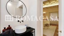 Dettaglio Bagno in camera Appartamento Centro Storico Roma - ROMACASA