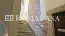 Interno Stabile -   Appartamento Centro Storico - ROMACASA