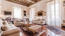D4 SALA CAMINO Appartamento Centro Storico Roma - ROMACASA