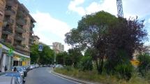 BALDO DEGLI UBALDI – Locale C/1 su strada 90 mq – Ampio ingresso – vicino nuovo Centro Commerciale