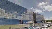 TOR VERGATA – Vicino zona commerciale – Ufficio di 750 mq in palazzo a schiera vetrato
